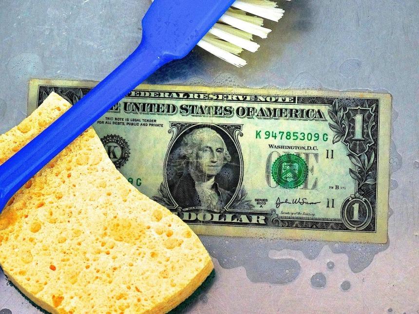 money-laundering-462674_1920